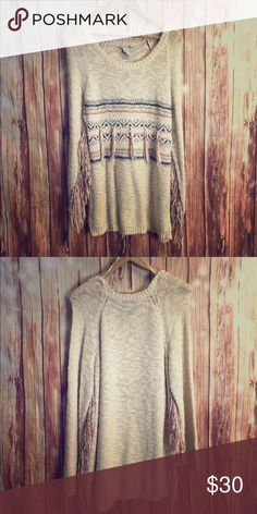 Sweater Bohemian like sweater with fringe detail on the arms.Knitted American Rag Sweaters Crew & Scoop Necks