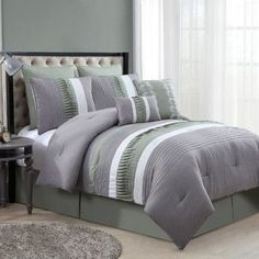 Luxury Home Lawrence 8 Piece Comforter Set Size: Queen, Color: Green