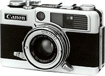 Demi EE 17 - Mat 1966 (The half-frame version of the Canon Demi Rapid and the top-of-the-line Demi)