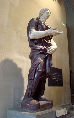 Un mister istoric: statuile dacilor din Roma Vatican, Byzantine, Louvre, Statue, Film, Alchemy, Culture, Movie, Movies