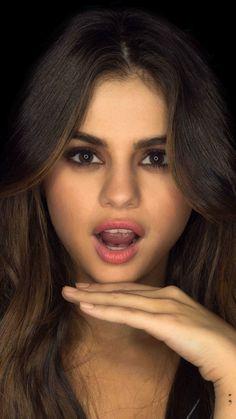 Selena gomez,  brunetet, beautiful, singer, 720x1280 wallpaper