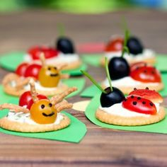 recipe and instructions for yummy Ritz-cracker-based ladybug and ant snacks--for a bug-themed party