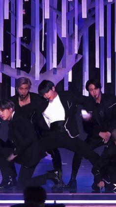 Bts Aegyo, Bts Jungkook, Foto Rap Monster Bts, K Drama, J Hope Dance, Bts Group Picture, Bts Bulletproof, Bts Concept Photo, Bts Girl