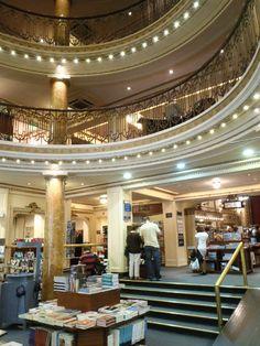 Libreria el Ateneo - sucursal Santa fe - books, coffee and more books lol