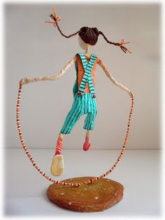 New Hobby At Home - Hobby Photography Photographs - Hobby For Stay At Home Moms Ideas - Best Hobby For Women - Paper Mache Crafts, Wire Crafts, Diy And Crafts, Arts And Crafts, Paper Mache Sculpture, Sculpture Art, Paper Dolls, Art Dolls, Hobby Photography