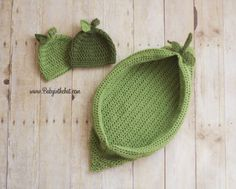 Twin Newborn Pea Pod With Matching Leaf Hats Crochet Photo Prop Set