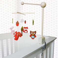 Mobile houder voor baby bed of box