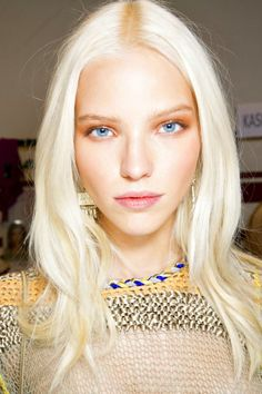 Or want to know how to stop your blonde highlights from fading? We've rounded up the best hair care products for bleach blonde hair. Ice Blonde Hair, Bleach Blonde, Icy Blonde, Ombre Hair, Bright Blonde, White Blonde, Going Blonde, Latest Hair Color, Platinum Blonde Hair