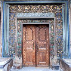 Doors - Echmiadzin Cathedral - Էջմիածնի եկեղեցի - Holy Echmiadzin - Echmiadzin, Armenia by jrozwado, via Flickr