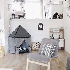 Børnehjørne med telt og køkken