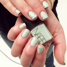 17 Adorable Nail Art Ideas for Easter