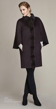 Double face cashmere cape with mink