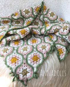 The Little Things In A Simple Life. Crochet Shawl, Crochet Doilies, Knit Crochet, Crochet Hooks, Crochet Baby, Free Crochet, Baby Patterns, Crochet Patterns, Afghan Blanket