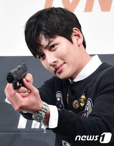 Ji Chang Wook in Talks for Sci-fi Drama City of Stars After Military Discharge End of April 2019 Ji Chang Wook, Dramas, Byun Yo Han, Empress Ki, Dong Hae, Hyun Bin, Love Me Forever, Drama Series, Korean Actors