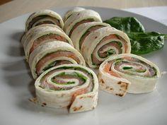 Tortilla wraps med spinat og røget laks