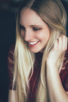#Indoor - Mary Eve Photography #homeshooting #blonde #model #laughing #lachen #beauty #model