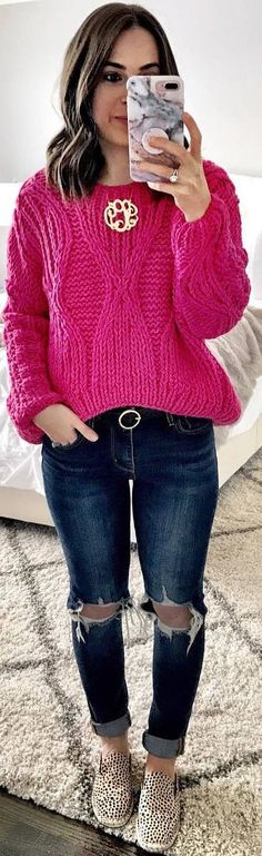 #winter #outfits pink sweater, ripped jeans, panther flats