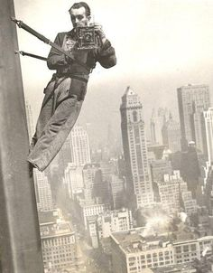 Empire State Window Washer Cameraman, 1936