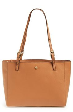 Great everyday tote by Tory Burch