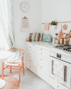 Our Kitchen Renovation - Innen- & Außenarchitektur - Home Home Decor Kitchen, Home Kitchens, Pastel Kitchen Decor, Kitchen Ideas, Galley Kitchens, Kitchen Images, Kitchen Designs, Room Kitchen, Diy Kitchen