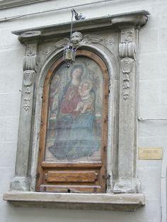 Maestro di Signa - Madonna in trono col bambino e angeli - Tabernacolo via San Zanobi, Firenze