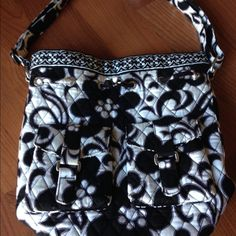 Vera Bradley purse Vera Bradley Baroque Night and day tote. EUC !! The whole purse is in wonderful condition on the outside just like the inside!! Vera Bradley Bags Totes