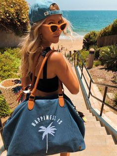 The Salty Blonde with the Bali Bliss Weekender Tote Beach Pink, Summer Beach, Beach Aesthetic, Summer Aesthetic, Beach Vibes, Summer Vibes, Summer Days, Summer Fun, Surfer Girl Style
