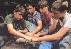 Teddy (Corey Feldman), Vern (Jerry O' Connel), Gordie (Will Wheaton) and Chris (River Phoenix) from Stand By Me