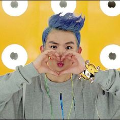 Ricky - Teen Top Smooches hahah