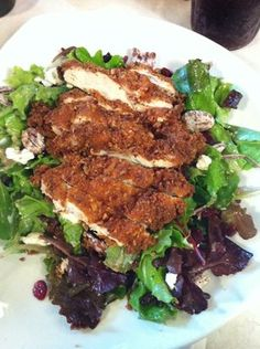 Sundae Cafe: Pecan encrusted chicken with goat cheese, cranberries, honey pecans and vinaigrette