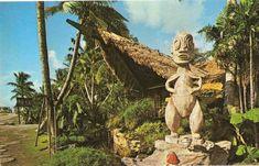The Week in Tiki (Nov. The Mai-Kai anniversary party, The Hukilau updates, Jungle Cruise restaurant at Disney World, Polynesian Resort lights torches, plus more! Vintage Tiki, Vintage Hawaii, Vintage Florida, Vintage Travel, Tiki Hawaii, Hawaiian Tiki, Tiki Art, Tiki Tiki, Polynesian Resort