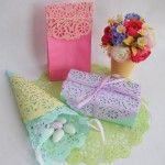 - DIY Crafty Projects - Dye paper doilies and attach them to your gifts. #giftwrap