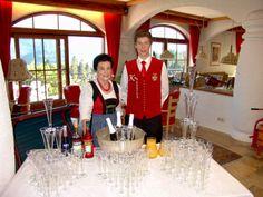 Oma Hilde und Jr. Lukas beim #Aperitif #Glocknerhof www.glocknerhof.at