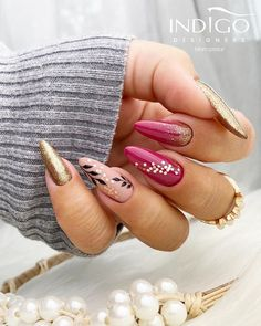 Gold Nail Designs, Cute Nail Designs, Golden Nails, Indigo Nails, Pretty Nail Art, Long Acrylic Nails, Nail Arts, Nail Tech, Beauty Nails