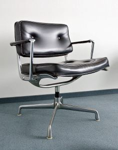 ES 102 Intermediate Swivel Arm Chair (by Charles & Ray Eames for Herman Miller, Trendy Furniture, Design Furniture, Chair Design, Office Furniture, Cool Furniture, Furniture Chairs, Deco Luminaire, Home Goods Decor, Charles & Ray Eames
