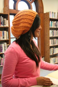 gorgeous slouch hat - free on ravelry