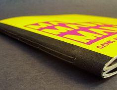 Couro Pleno (capa presa) em Caixa Solander Costura Japonesa em Estojo de Seda Capa dura wire-o com lombada Livro cenográfico com lombada quadrada Livros lombada quadrada em estojo especial Livros em meia encadernação, hot-stamping e douração de bordas Catálogo wire-o com luva Costura japonesa com capa e caixa em linho Encadernação longstitch capa flexível Diário …