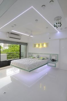The natural light is well reflected on the epoxy floor and underlines the . - Epoxy ideas - The natural light is well reflected on the epoxy floor and underlines the … – Epoxy Ideas – - House Ceiling Design, Bedroom False Ceiling Design, Bedroom Bed Design, Bedroom Furniture Design, Modern Bedroom Design, Home Decor Bedroom, Small House Interior Design, Home Room Design, Epoxy Floor Designs