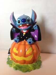 DISNEY AUCTIONS HALLOWEEN STITCH COOKIE JAR LIMITED EDITION 350 VERY RARE $249