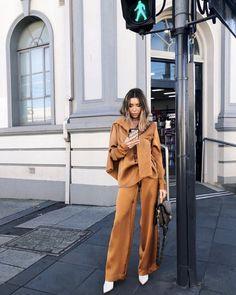 Fashion Wear, Womens Fashion, Fasion, The Draw, Russian Fashion, Dressed To Kill, Winter Wardrobe, Nice Dresses, Duster Coat