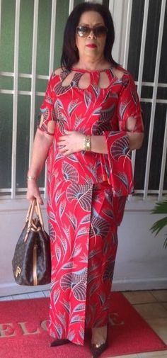 Love the neckline! Was thinking of doing this, feeling inspired! Love the neckline! Was thinking of doing this, feeling inspired! African Fashion Ankara, Latest African Fashion Dresses, African Print Fashion, Long African Dresses, African Print Dresses, African Attire, African Wear, Samoan Dress, African Print Clothing