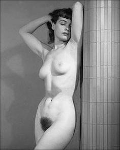 Dame nudist retro