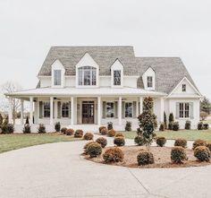 ✔ 23 fabulous modern farmhouse exterior design ideas that will make you feel better 10 Related