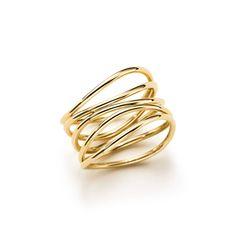 Elsa Peretti®:Wave Ring in 18k gold | 1800