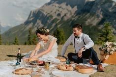 PICNICS // who doesn't love a romantic picnic!?! We had such a lovely time working with this couple to create their perfect mountain top picnic!  We can help you create yours too!  I think we should add this to the elopement bundles!! . Ask us about details of planning a picnic like this for your elopement! . Flowers @willowflowerco  Cake @kakebydarci  Venue @buffalomountainlodge  Macrame @theknotgardenyyc  Rentals and styling @orangetrunk  Photos @josephhaeberle… Small Intimate Wedding, Intimate Weddings, Real Weddings, Elopement Inspiration, Elopement Ideas, Picnic Dinner, Vintage Ladder, Romantic Picnics, Wedding Designs
