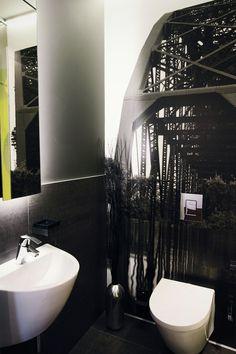 Small bathroom #bathroom #greybathroom #keramag #grohe #mirrorcabinet