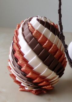 Pine Cone Crafts, Pine Cones, Easter, Cake, Desserts, Diy, Food, Scrappy Quilts, Tailgate Desserts