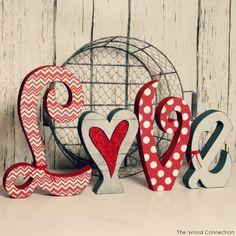 Conjunto de letras Amor    -    Large Love Letter Set by The Wood Connection