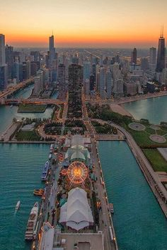 he Navy Pier in Chicago ~