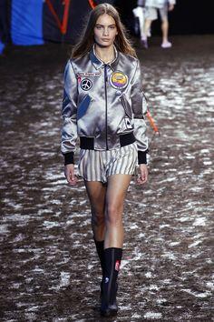 Hunter Original Spring 2016 Ready-to-Wear Collection Photos - Vogue